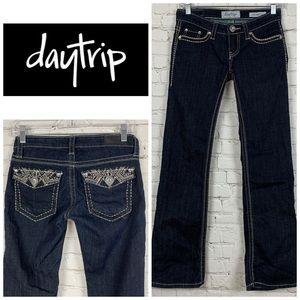 Daytrip Leo Bootcut Jeans 👖